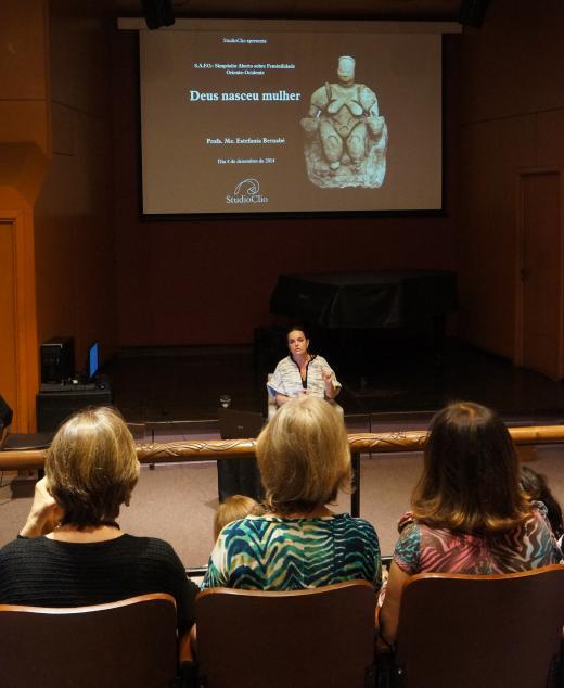 StudioClio lança o Simpósio Aberto sobre Feminilidade Oriente-Ocidente