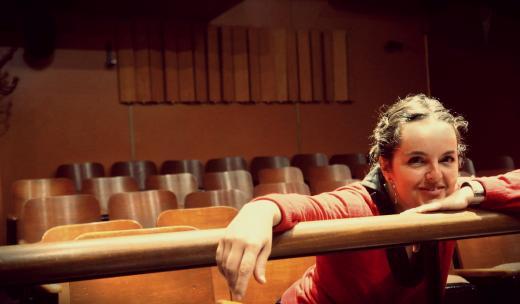 Docente do StudioClio, Estefanía Bernabé Sanchez, ganha prêmio literário na Espanha