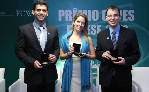 Rosana Pinheiro-Machado recebe Grande Prêmio Capes de Tese
