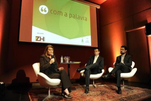 """""""Com a Palavra"""" debate qualidade da educação e efeitos econômicos"""